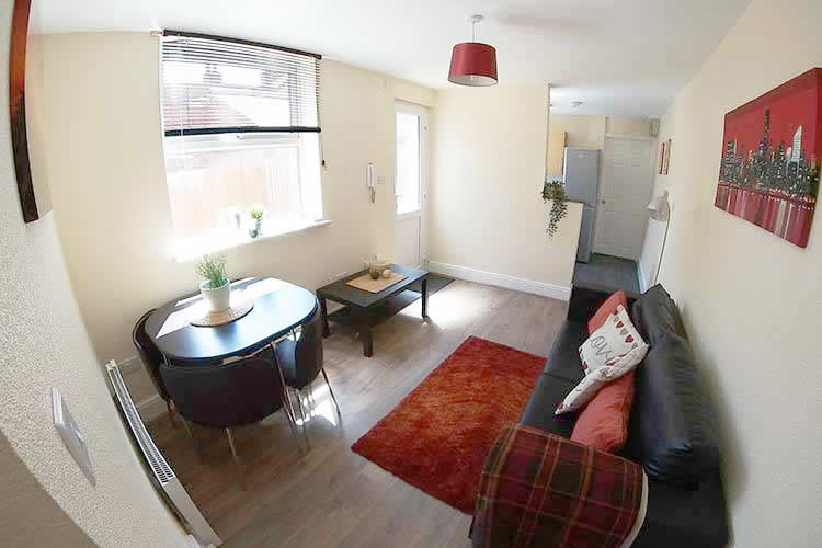 Accommodation for 2 near waterside campus